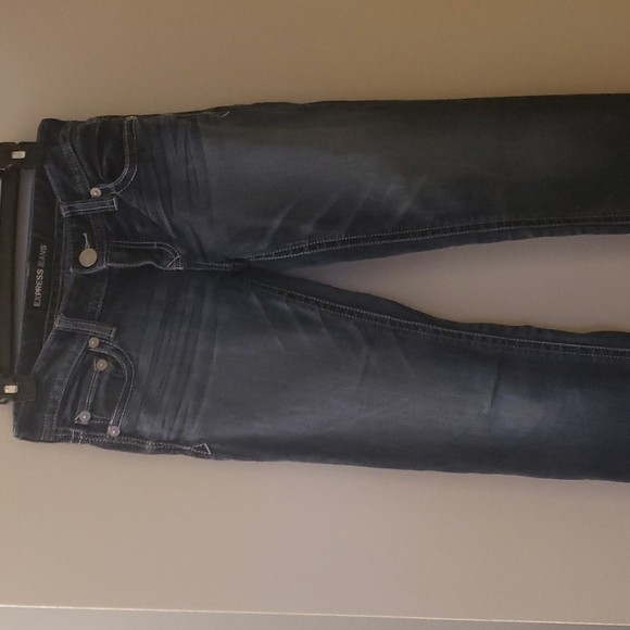 Express jeans Stella fit skinny low-rise, dark faded wash size 2